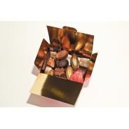 Ballotin de chocolats assortis, noir, lait ou blanc 250gr